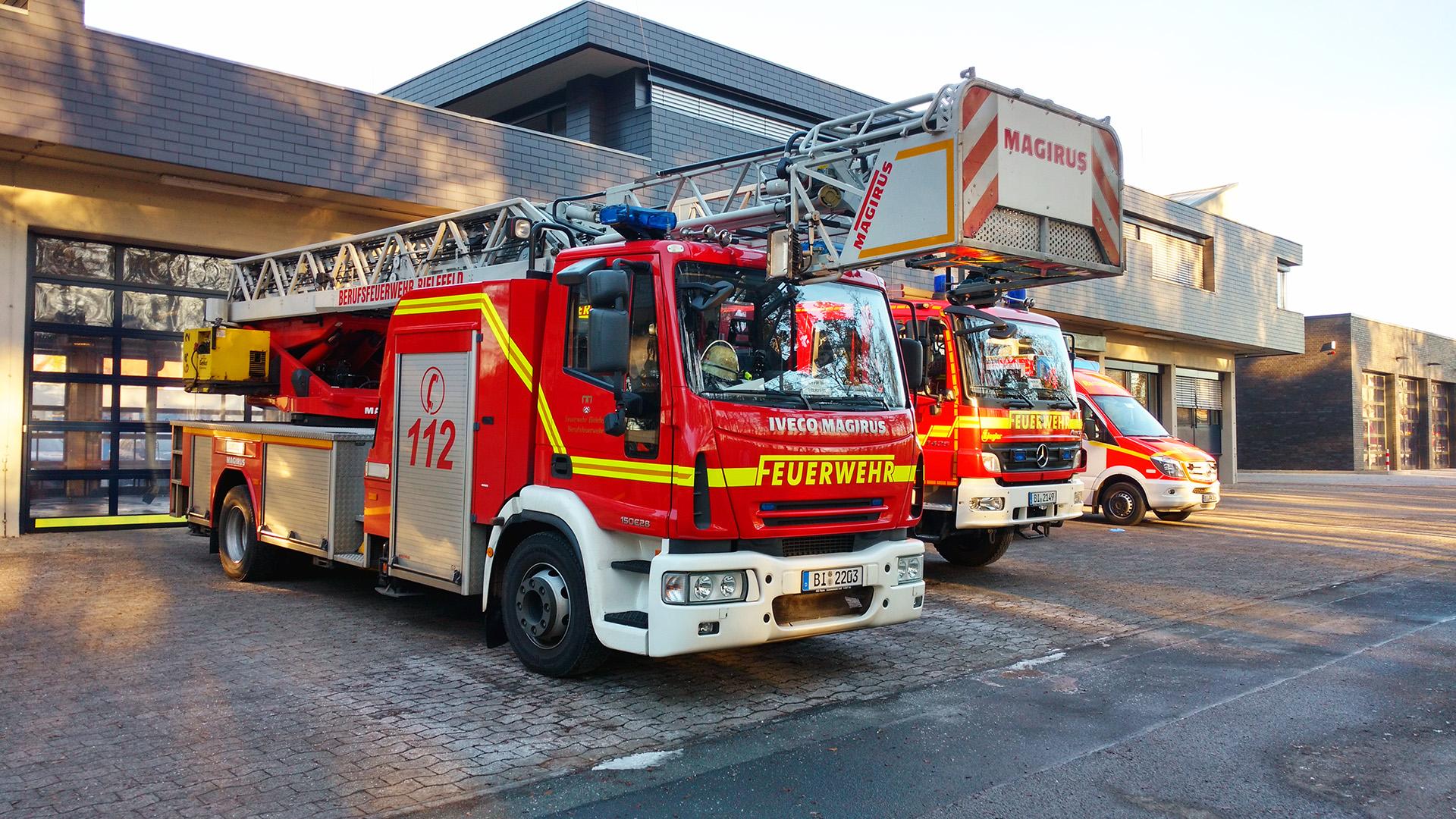 DLK 23 Feuerwehr Bielefeld